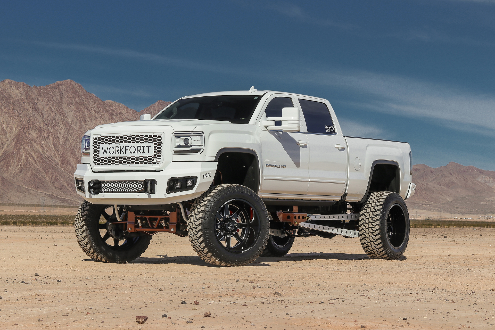 2018 GMC 2500 ON 24X14 DS F61's
