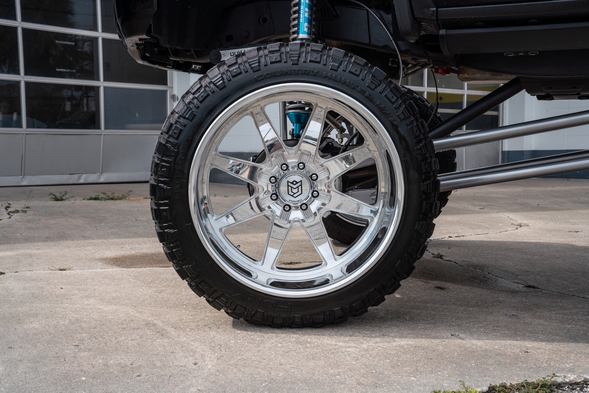 2018 GMC 2500 on DS F61's - Dropstars Wheels